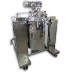 Mixer-homogenizátor so zdvihom veka