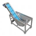 washing tank with conveyor